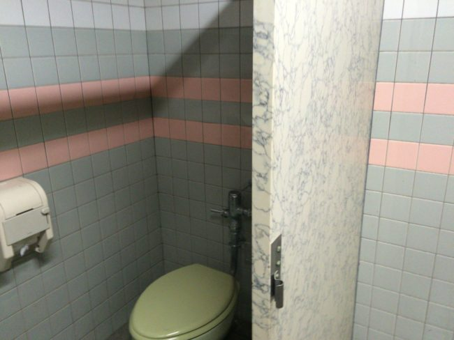 加太オートキャンプ場トイレ3
