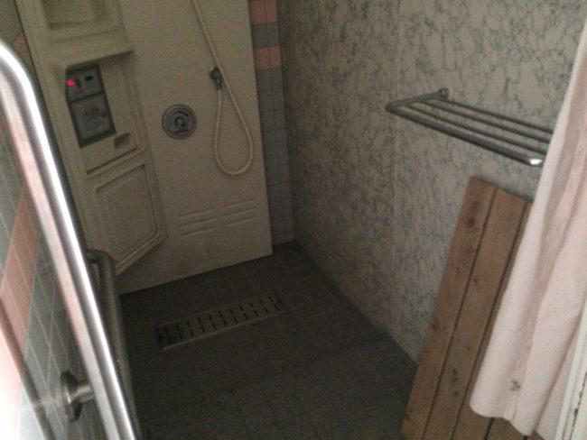 加太オートキャンプ場シャワー個室