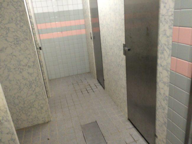加太オートキャンプ場トイレ2