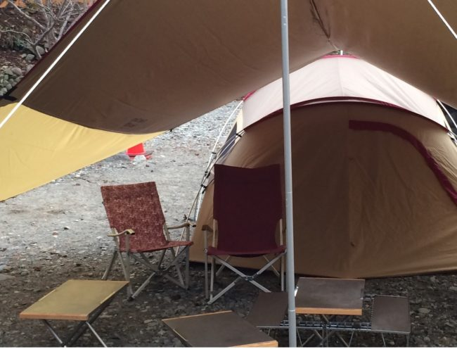母子キャンプおすすめタープ選び210d素材のタープ