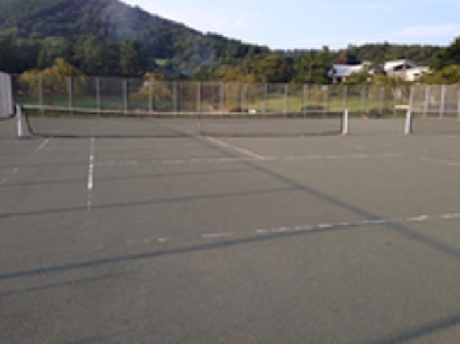 天城ふるさと広場キャンプ場テニスコート