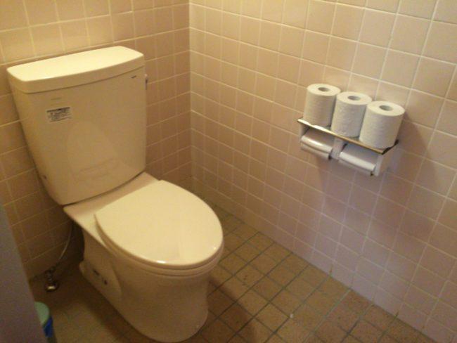 だるま山高原キャンプ場トイレ