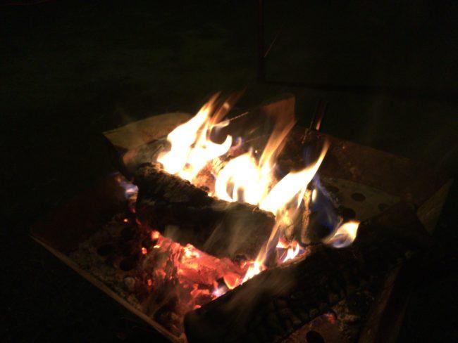 だるま山高原キャンプ場焚き火