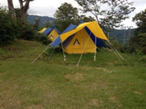 松之山キャンプ場常設テントサイト
