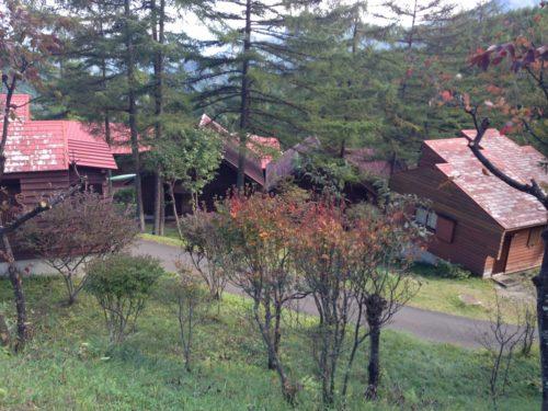 なんもく村自然公園キャンプ場 バンガローとコテージ