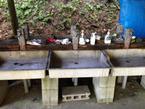 なんもく村自然公園キャンプ場オートサイト 炊事場