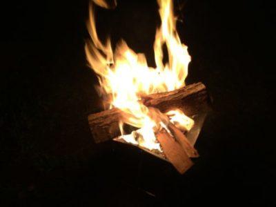 内浦山県民の森オートキャンプ場 で焚き火