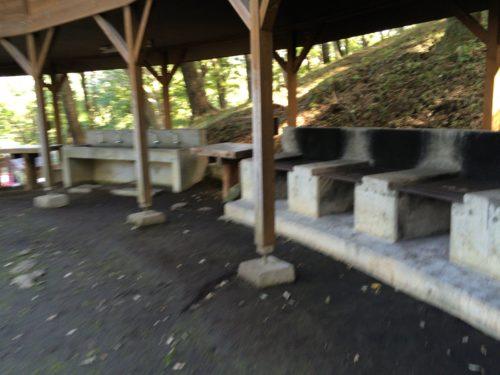 みどりの村キャンプ場フリーサイト炊事場