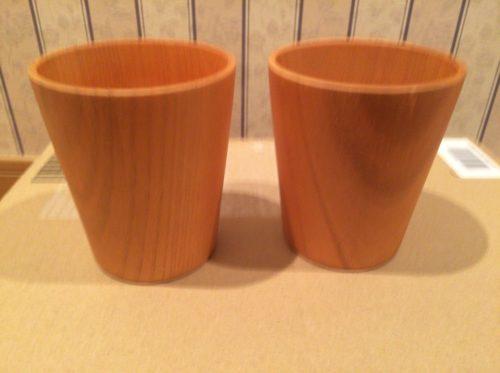 キャンプで使う天然木製品のフリーカップ