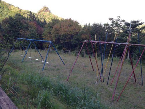 なんもく村自然公園キャンプ場 キャンプサイトにある遊具
