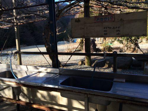 神之川キャンプ場炊事場のシンク