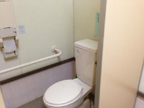 清和県民の森キャンプ場のトイレ洋式