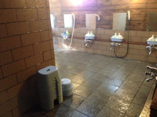 せせらぎの湯洗い場