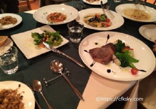 FUJIYAMA KITCHENでコース料理の夕食