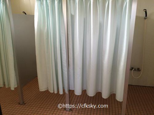 イレブンオートパキャンプパークにあるシャワー個室