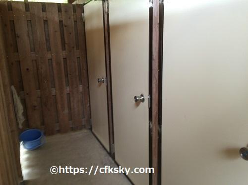 ワイルドキッズ岬キャンプ場のトイレ