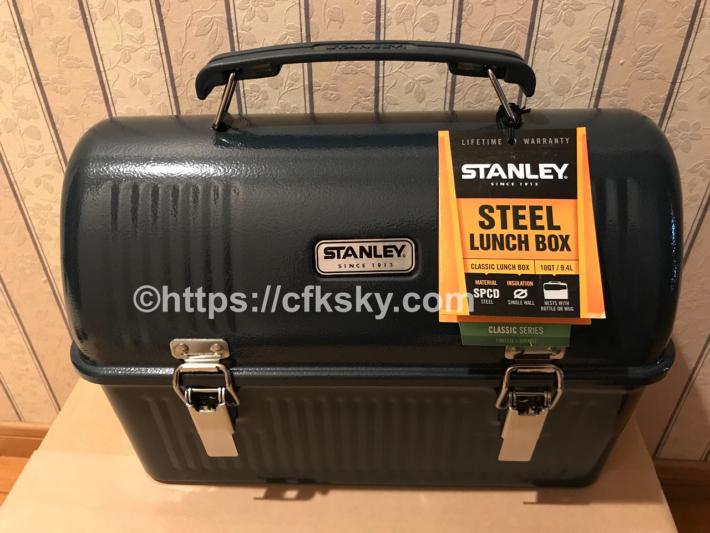 STANLEY(スタンレー) クラシックランチボックスのネイビーをアマゾンで格安で購入した