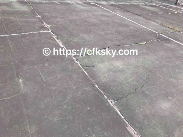 上野沼やすらぎの里キャンプ場にあるテニスコート