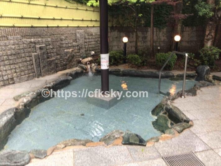 かもしか荘温泉の露天風呂