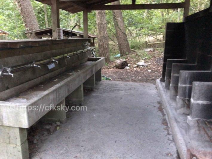 本栖湖いこいの森キャンプ場 の炊事場