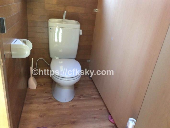 黒坂オートキャンプ場の第二サイトにある洋式トイレ