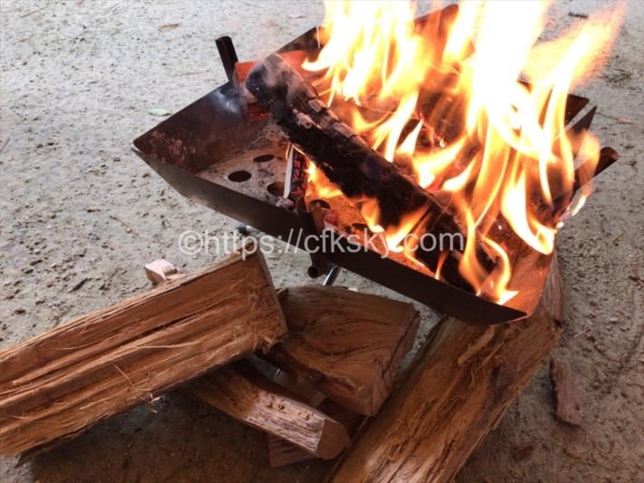 日光だいや川公園オートキャンプ場でキャンプで16時までのレイトチェックアウトでのんびり昼焚き火を満喫