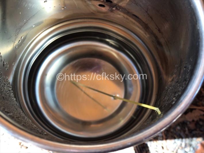 キャンプで焚き火料理のスープパスタを作った時の水の分量