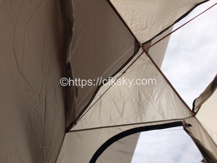 キャンパルジャパンのテントピスタ34はメッシュが多くて暑い日でも快適にキャンプが楽しめる