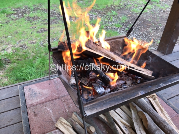 PICA Fujiyamaのキャンプで焚き火料理