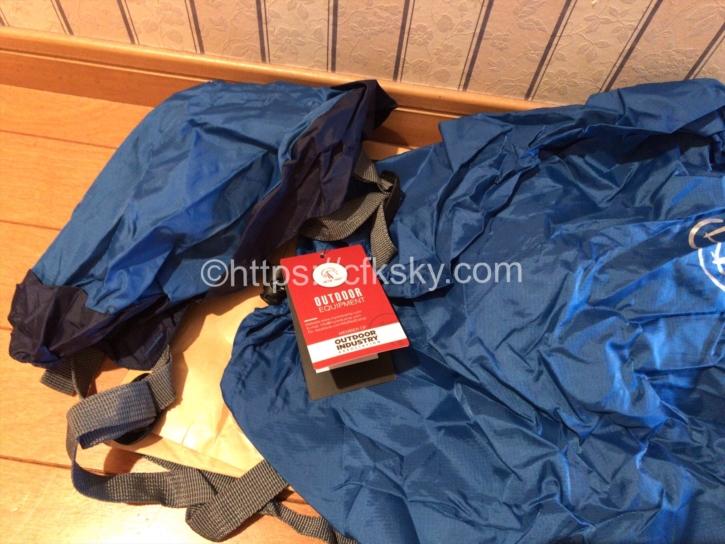購入したキャンプ用品のコンプレッションバック
