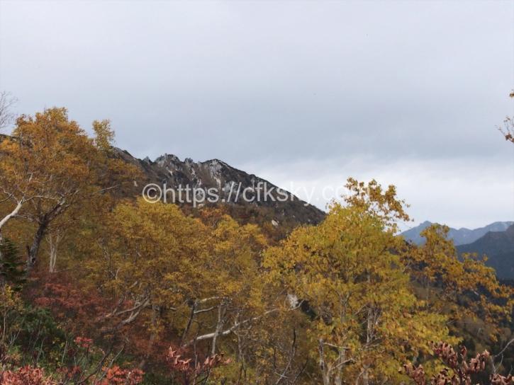 燕山荘までの紅葉