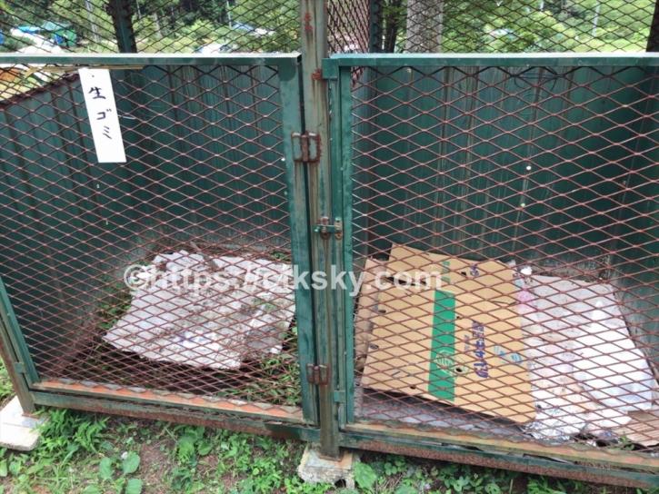 田立の滝オートキャンプ場のごみ捨て場