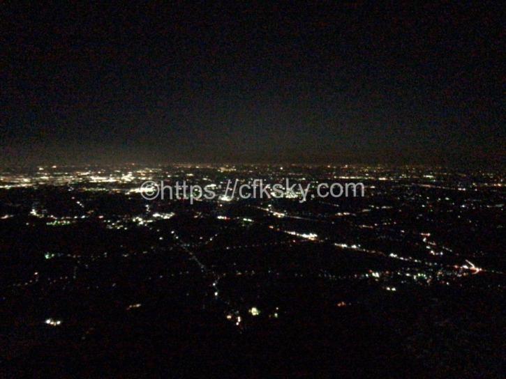 筑波山へナイトハイクに行って女体山山頂から夜景