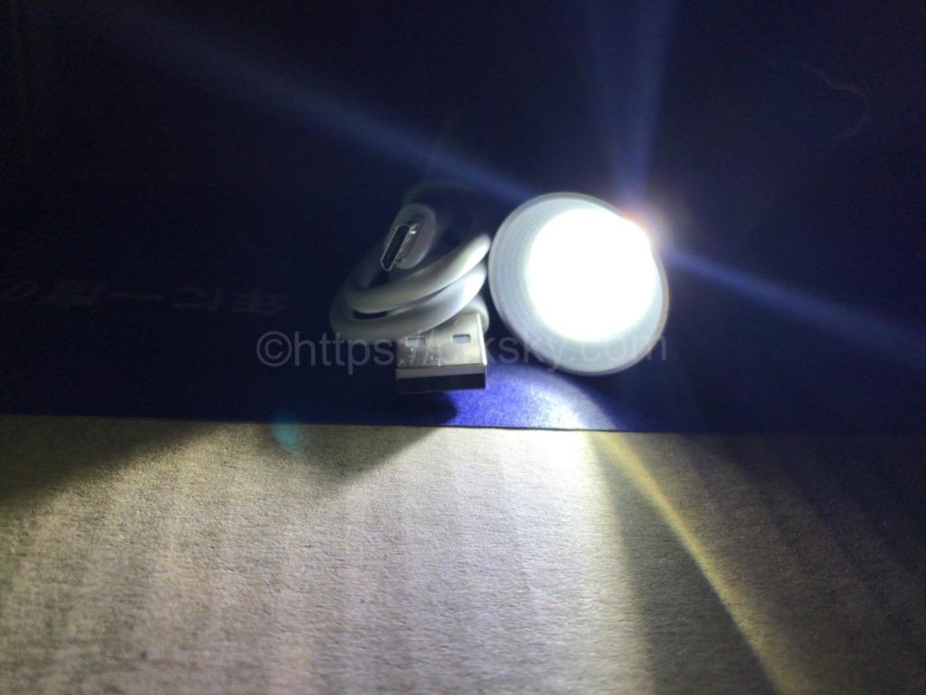 JXE JXO ミニledランタンの昼白色と電球色に懐中電灯にしたとき