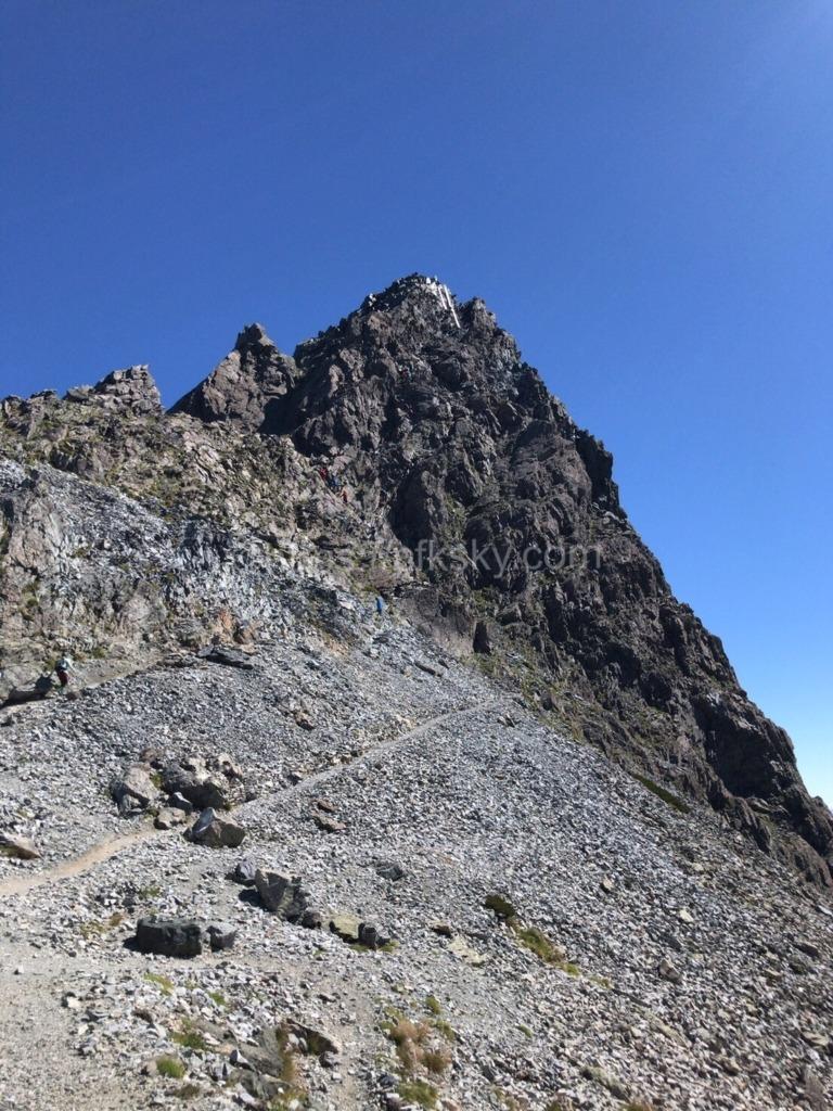 槍ヶ岳の穂先への登頂